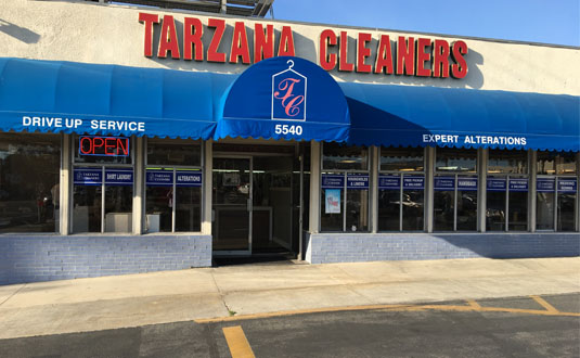 Store-front of Tarzana Cleaners